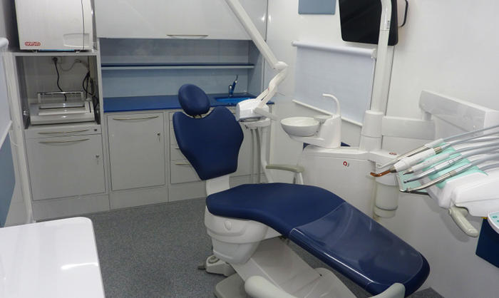 ambulatorio odontoiatrico mobile veicoli speciali medicali interno