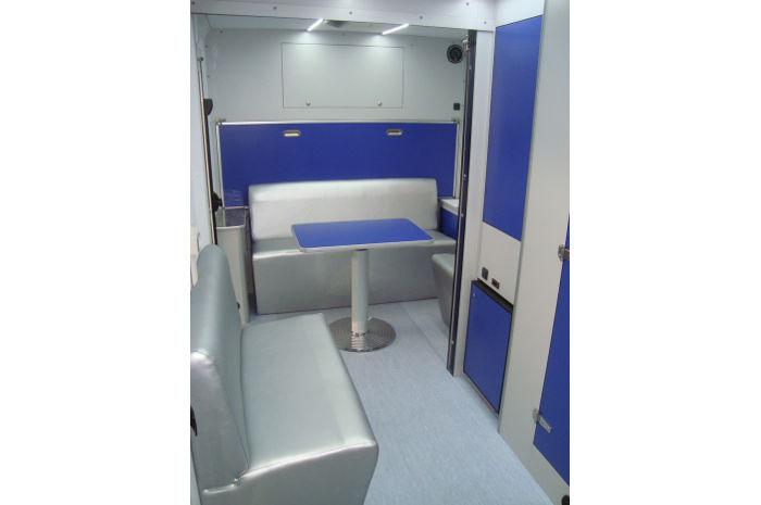 ambulatorio polidiagnostico mobile interno veicolo